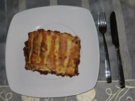 Cannelloni mit Hackfleisch-Chili-Schafskäse-Soße - Rezept