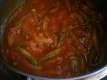 OKRA -  in Tomatensoße - Rezept