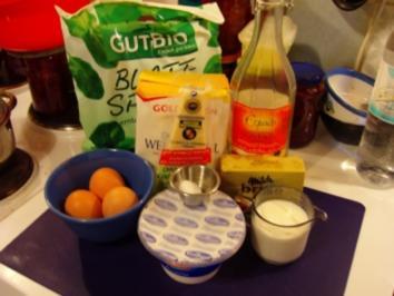 Crespelle con spinaci ripiene // Pfannkuchen mit Spinat gefüllt - Rezept