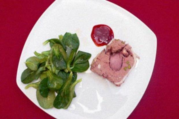 Wildschweinterrine an Feldsalat mit Mangobalsam - Rezept