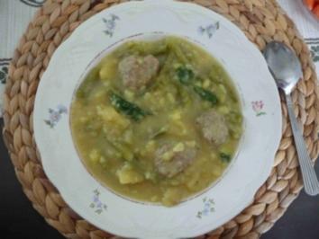Hackfleisch : Grüne Bohnensuppe mal etwas anders - Rezept