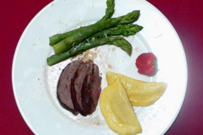 Geschmorte Rehschulter an Portweinsoße mit Maronentortelloni - Rezept