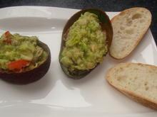 Avocado mit Thunfischfüllung - Rezept - Bild Nr. 467