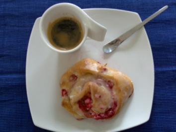 Johannisbeer-Marzipan-Schnecken - Rezept