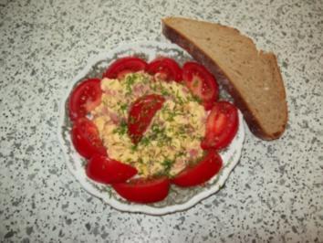 Rührei mit Schinken und Tomate - Rezept