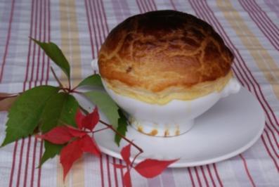 Pilzsuppe mit Blätterteighaube - Rezept - Bild Nr. 3