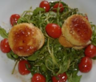 Crostini mit Birne und gebackenem Ziegenkäse - Rezept