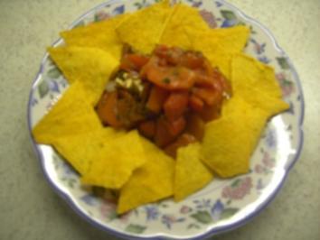 Vorspeisen - Vegetarisch - Marinierte Paprika mit Tortillachips - Rezept