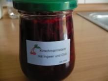 Sauerkirschmarmelade mit Ingwer und Chili - Rezept