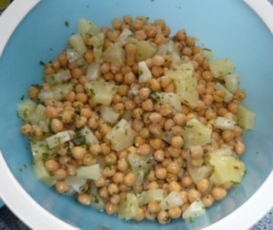 Kichererbsen-Zwiebel-Ananas-Curry-Salat - Rezept - Bild Nr. 2
