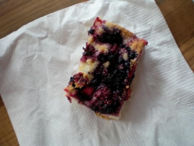 Beerenkuchen mit Kirschen - Rezept - Bild Nr. 2