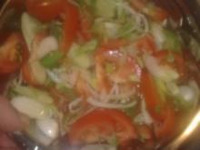 Tomatensalat mit Frühlingszwiebeln - Rezept