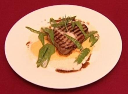 Tunfischfilet auf Maiscreme und Zuckerschoten an Beurre Blanc - Rezept