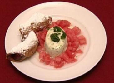 Melone auf Zitronen-Basilikum-Sorbet mit Cannoli Siciliani (Thomas Gumpert) - Rezept