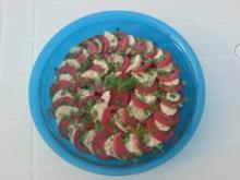 Tomaten-Mozarella-Salat - Rezept