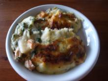 Spargel-Lachs-Gratin mit Kartoffelsahne - Rezept