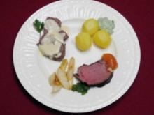 Tafelspitz und Rinderfilet an Grüner Soße, Rhabarbergelee und Meerrettichsoße - Rezept