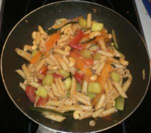 Rezept: 4-Gemüse(-Nudel)-Pfanne