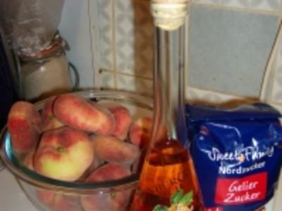 Konfitüre von Weinbergpfirsichen - Rezept