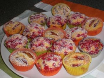 Fruchtige Muffins  mit Johannesbeeren oder Kirschen - Rezept - Bild Nr. 4