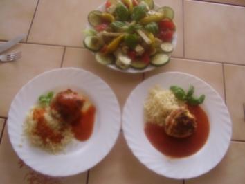gefüllte Hühnerbrüstchen + Salatteller - Rezept