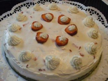 Erdbeer-Tiramisu-Torte - Rezept