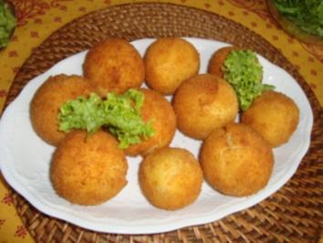 Rezept: Abendbrot - Kartoffelbällchen mit Hackfleischfüllung