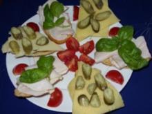 Griechische Kartoffel-Brötchen lecker belegt - Rezept