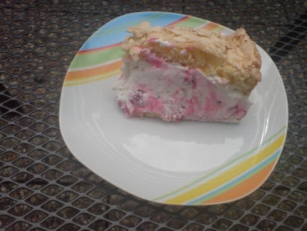 Mandel – Baiser – Torte - Rezept - Bild Nr. 3