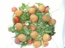 gebackene Mozzarella Babys auf Rucola in Balsamico Dressing - Rezept