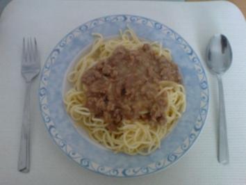 helle Gehacktes- Soße für Spaghetti - Rezept
