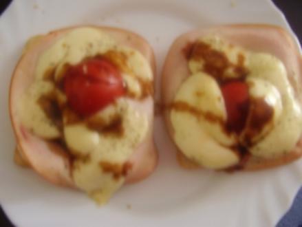 Toast mit Bananen- Schinken - Käse und Tomaten - Schinken - Käse - Rezept
