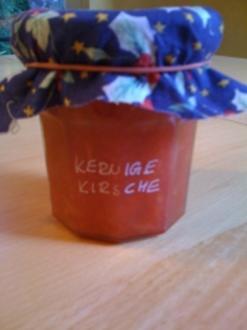 Kernige Kirschkonfitüre - Rezept