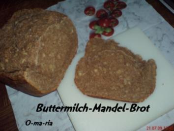 Rezept: Brot ~  Buttermilch-Mandel-Brot auch für BBA geeignet