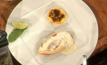 Zitronenhuhn mit gebratener Salbeipolenta (Daniel Küblböck) - Rezept
