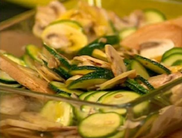 Zucchini-Champignon-Salat - Rezept