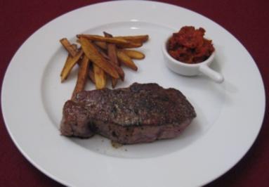 Steak mit lecker Pommes - Rezept