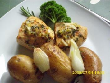 Fleisch:  Zitronenen-Kräuter-Hähnchenbrust mit gebackenen Kartoffeln - Rezept