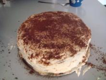 Triple-Chocolate-Fudge-Peanut-Butter-Cream-Cake - Rezept