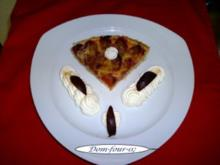 Kleiner Pflaumenkuchen mit Kokosflocken an Zimtsahne  (  20 cm  ) - Rezept