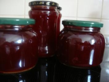 Rezept: Marmelade: Sauerkirschgelee mit Schuss