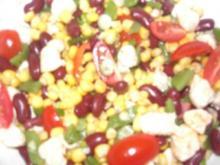 Bunter Salat mit Huhn (leicht scharf) - Rezept