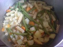 Gemüse-Nudel-Eintopf - Rezept