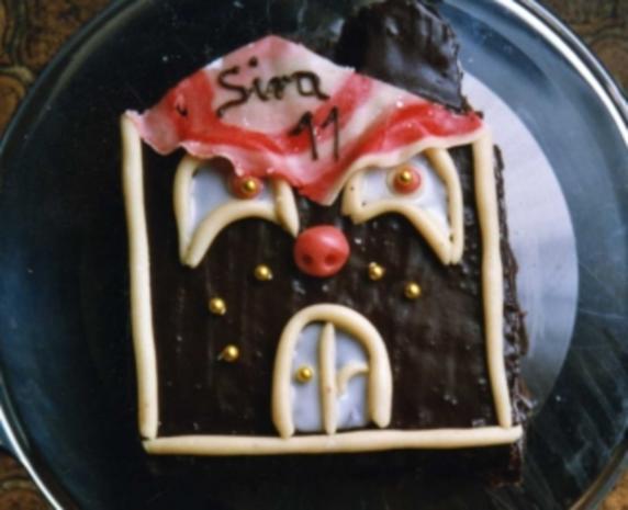 """Kinder Geburtstags-Torte """"Haus"""" - Rezept"""