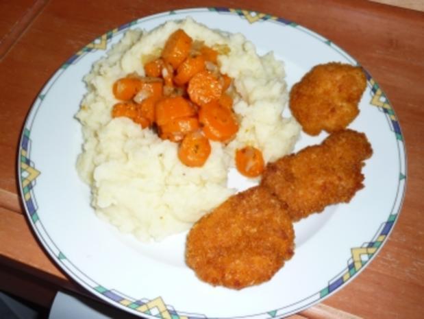 Hähnchen-Minischnitzel mit Möhren im Kartoffelnest - Rezept - Bild Nr. 4