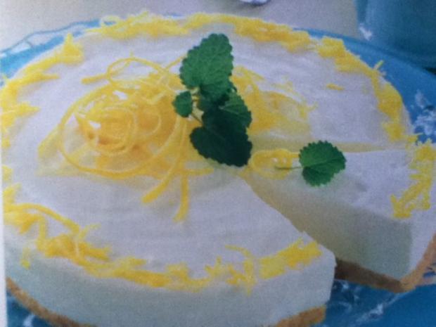 Prosecco-Zitronen-Torte - Rezept - Bild Nr. 6