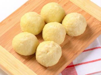 Rezept: Kartoffelklöße halb & halb