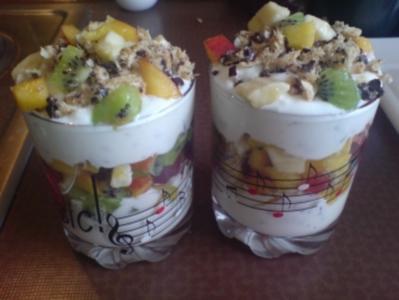 """Dessert """"Obstsalat trifft Schokokuss"""" - Rezept"""