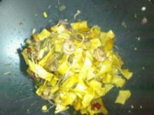 Asiatische Nudelpfanne (sehr scharf) - Rezept