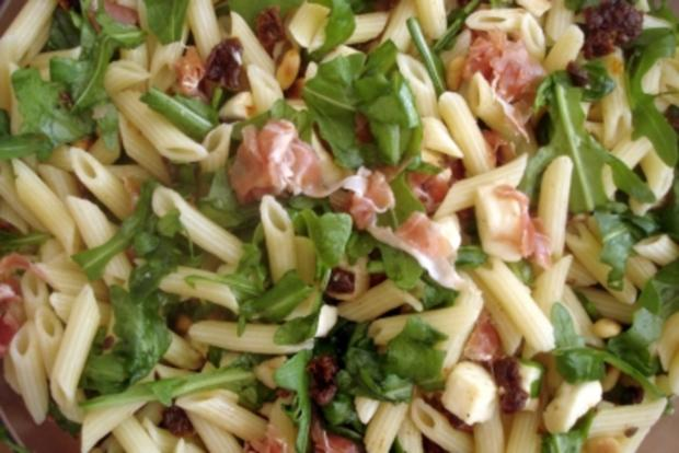 """edler"" mediteraner Nudelsalat zum Grillen - Rezept - Bild Nr. 2"